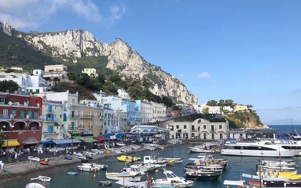 Capri, l'isola Azzurra nel Golfo di Napoli