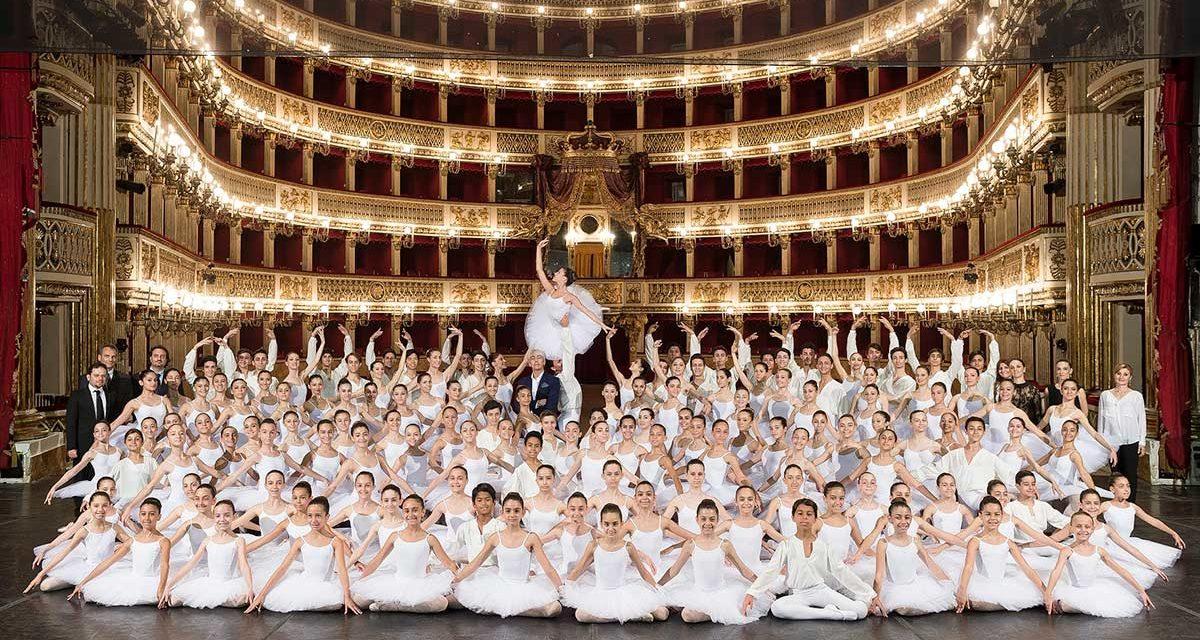 Visite guidate al Teatro San Carlo per le festività natalizie