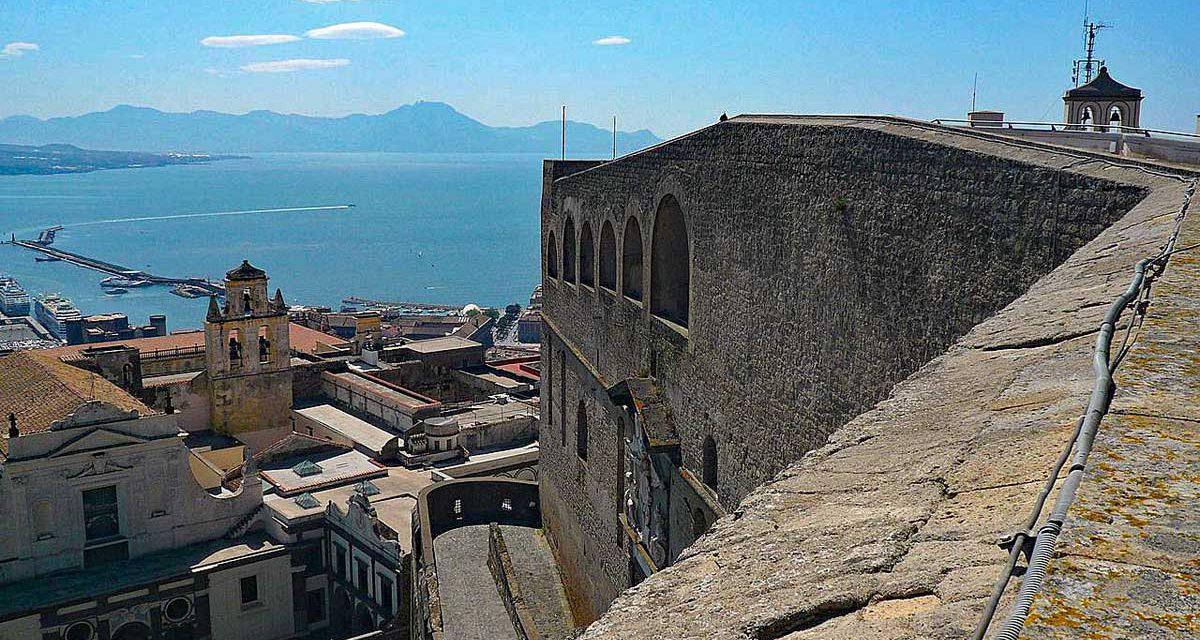 Castel Sant Elmo, collina del Vomero a Napoli