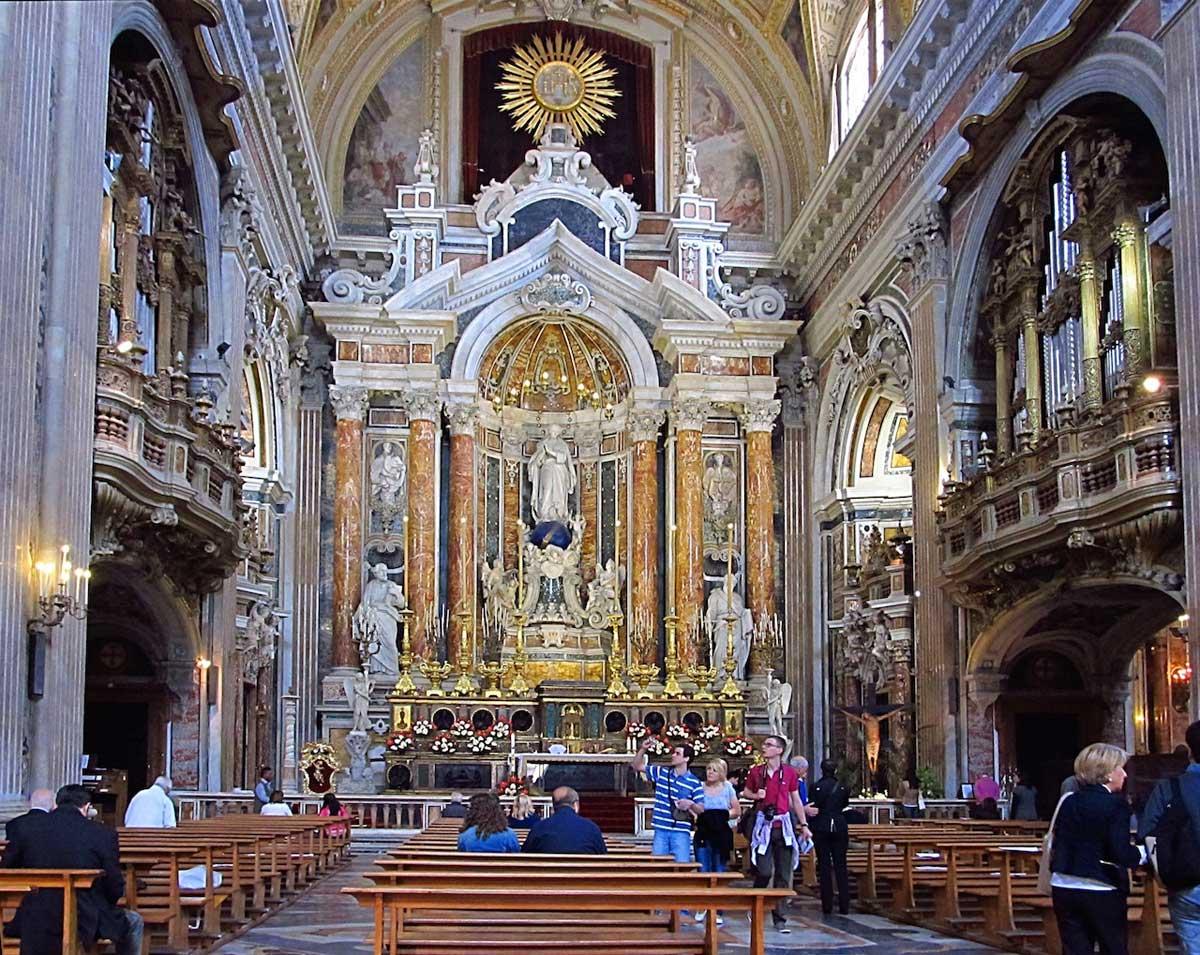 Chiesa del Gesù Nuovo Napoli (interno, stile barocco)