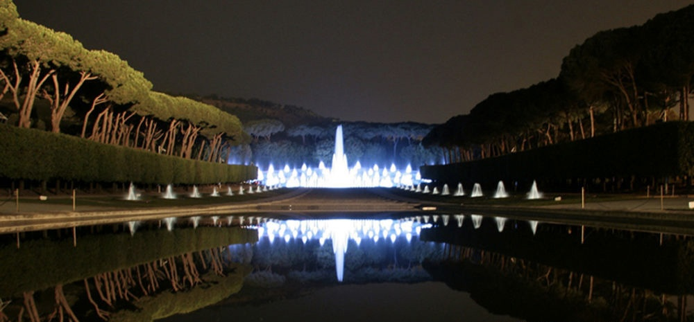 Mostra d' Oltremare Fontana Esedra