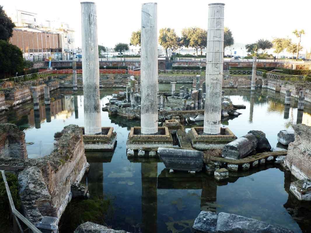 Pozzuoli: Tempio di Serapide