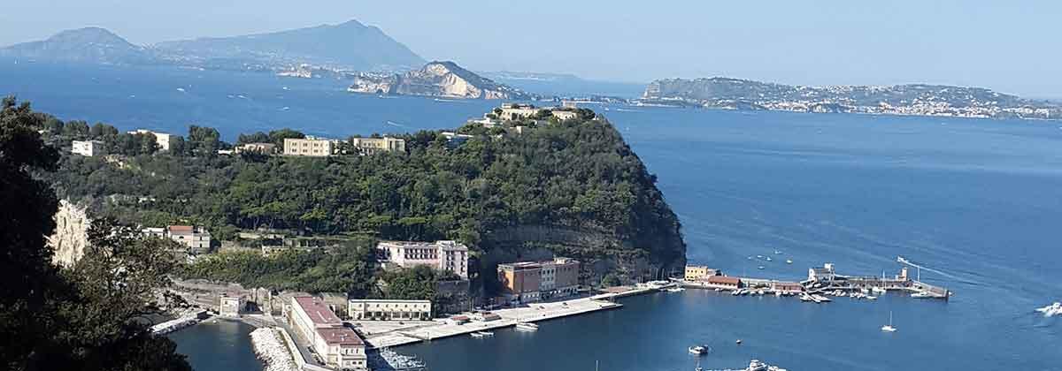 L'Isola di Nisida, Napoli
