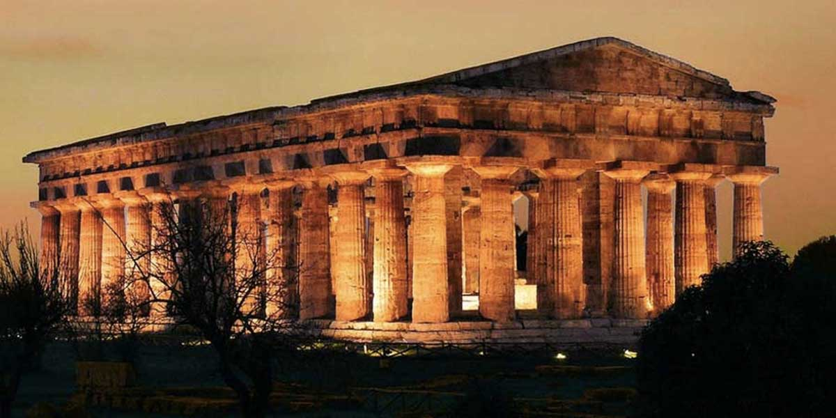 Sito archeologico paestum scavi museo templi dell for Siti di foto