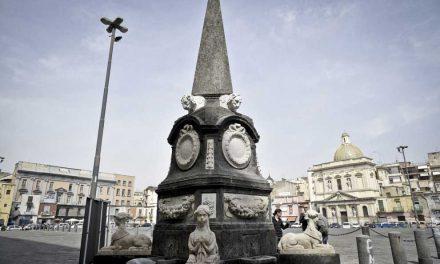 Piazza Mercato a Napoli, luogo simbolo delle vicende partenopee