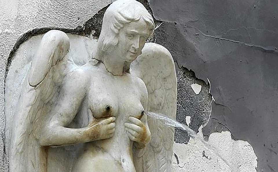 Napoli insolita - La Fontana delle zizze