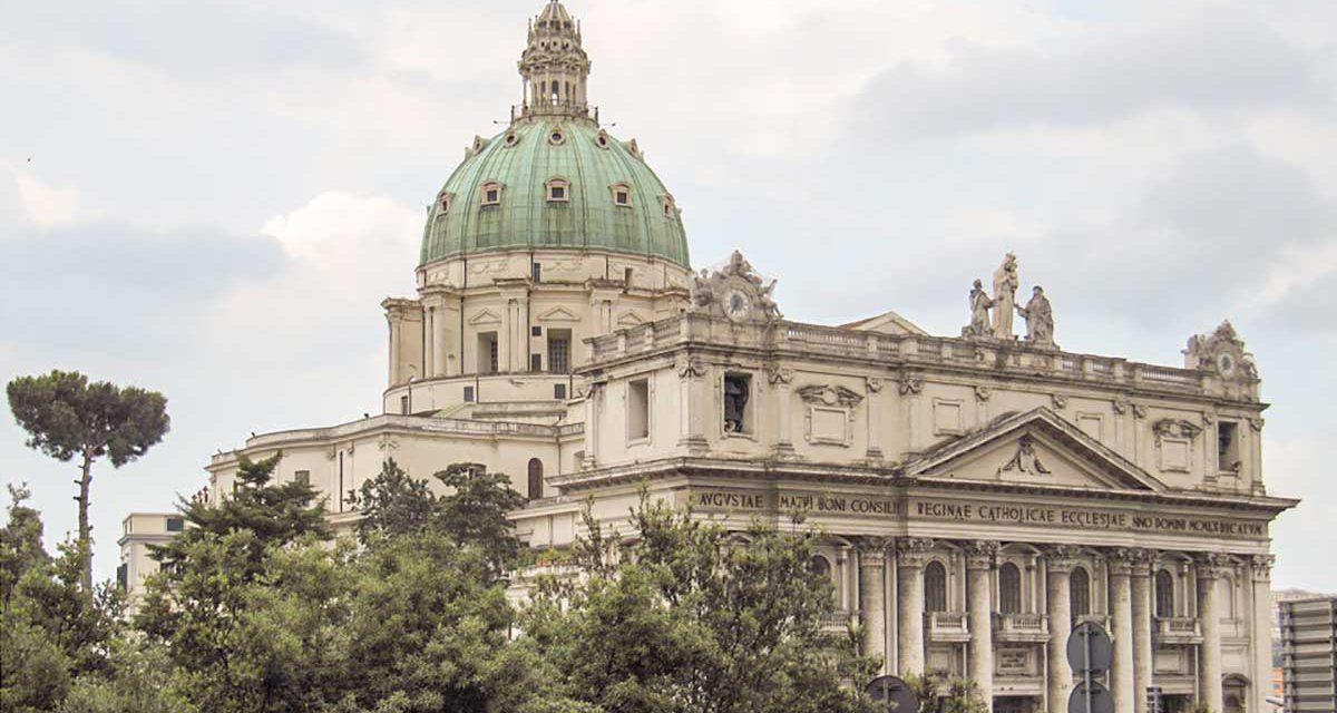 Basilica dell' Incoronata Madre del Buon Consiglio (Napoli)