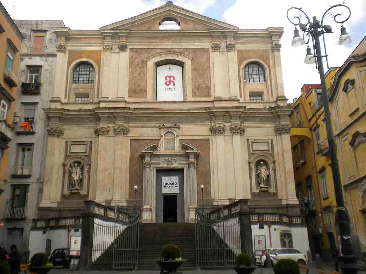 Decumani Chiesa di Santa Maria Donnaregina Nuova