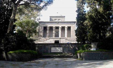 Mausoleo Schilizzi il monumento ai caduti di Napoli