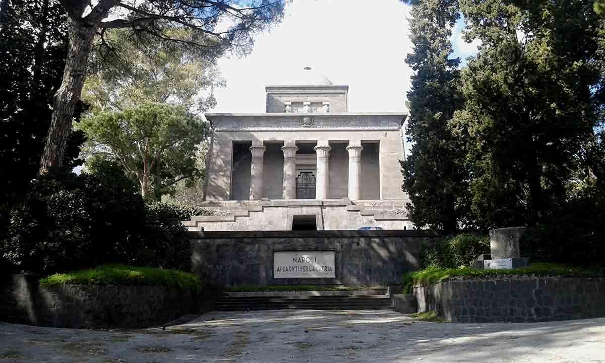 Mausoleo Schilizzi Posillipo