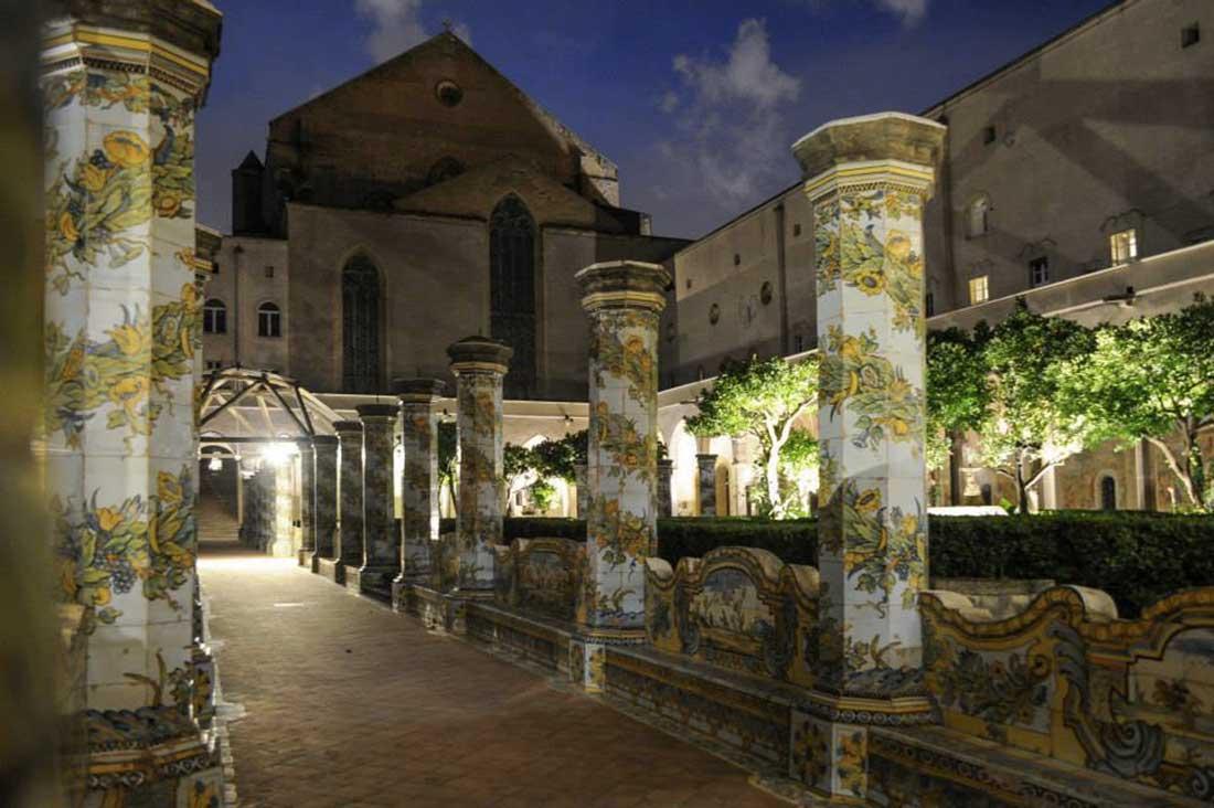 Notte al Chiostro di Santa Chiara Napoli