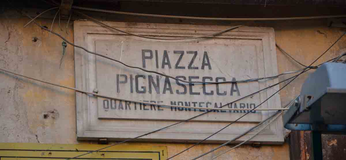 Quartiere Pignasecca Napoli