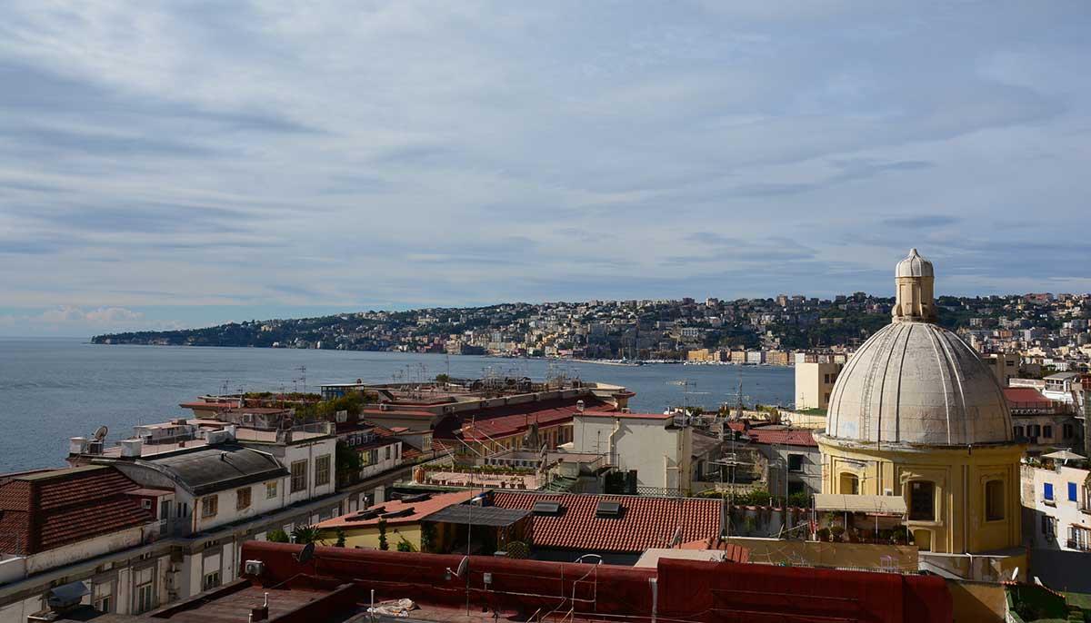 Veduta di Napoli da Pizzofalcone