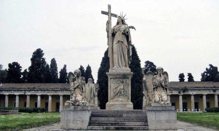 Cimitero di Poggioreale, un museo a cielo aperto a Napoli