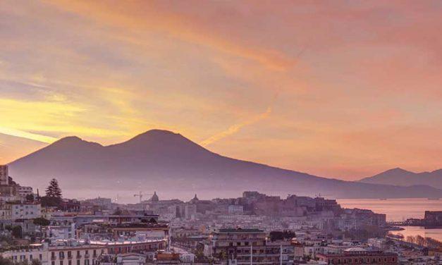 Alla scoperta dei luoghi più suggestivi di Napoli