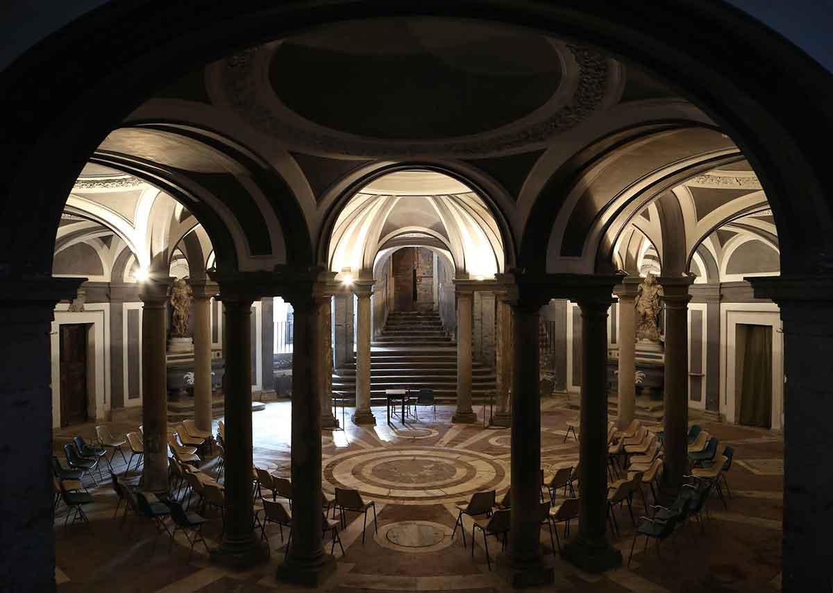 Basilica della Santissima Annunziata Maggiore Napoli Succorpo Vanvitelliano