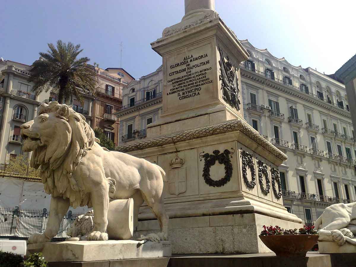Piazza dei Martiri Monumento ai caduti