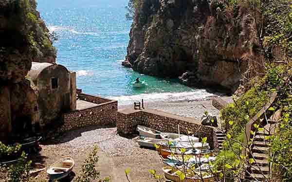 Marina di Crapolla, Sant'Agata dei due golfi
