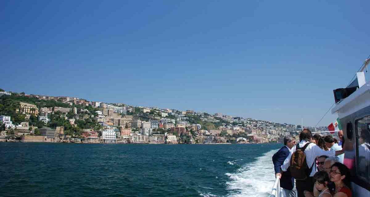 Batò Naples 2018, la costa di Napoli vista dal mare