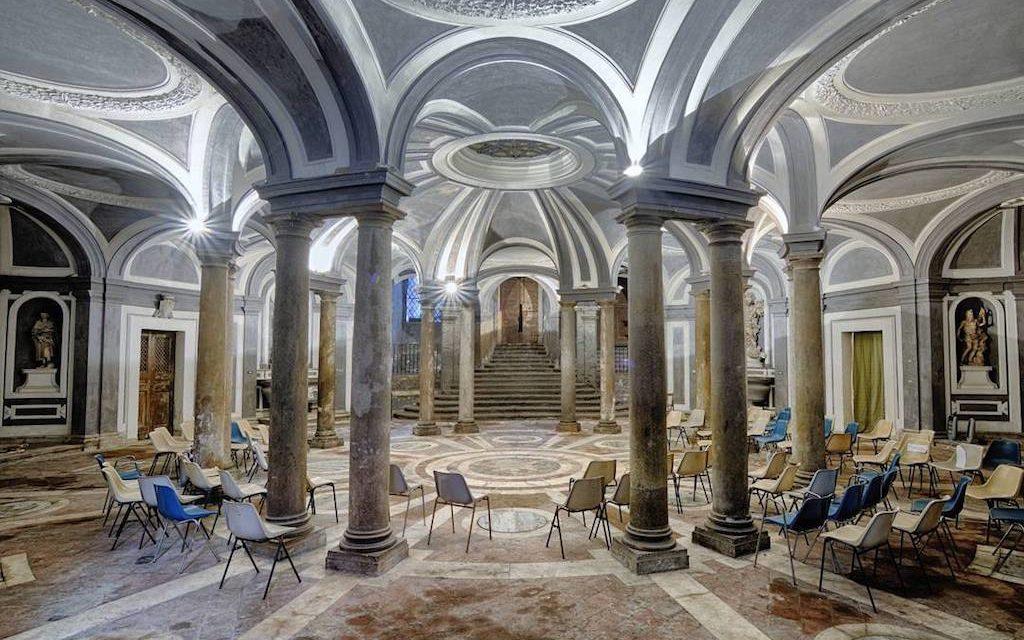 Spettacoli e visita guidata all'Annunziata di Napoli