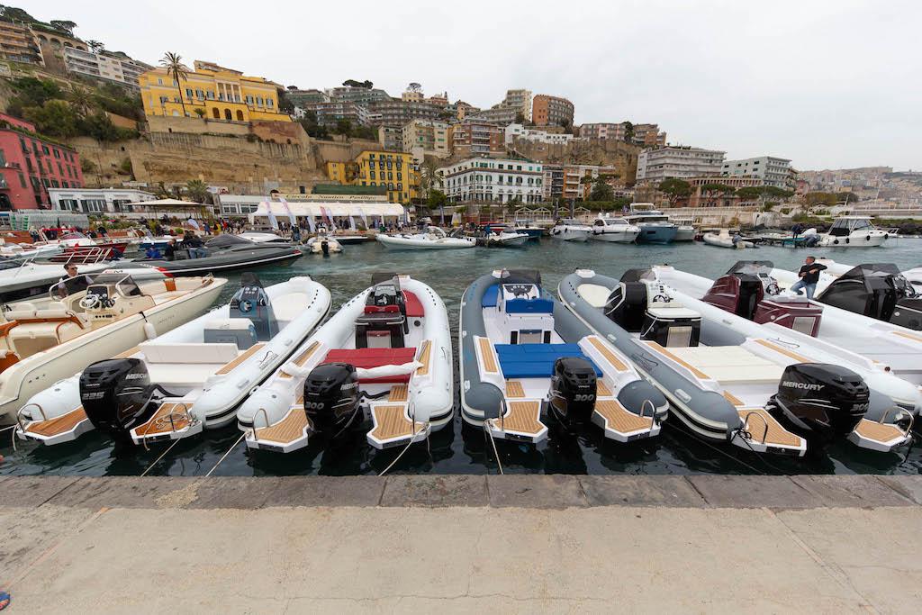 Navigare al Circolo Posillipo di Napoli