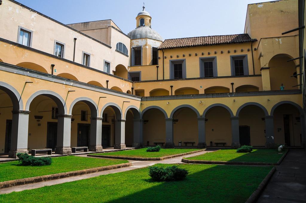 Chiostro Sant'Antonio delle Monache a Port'Alba