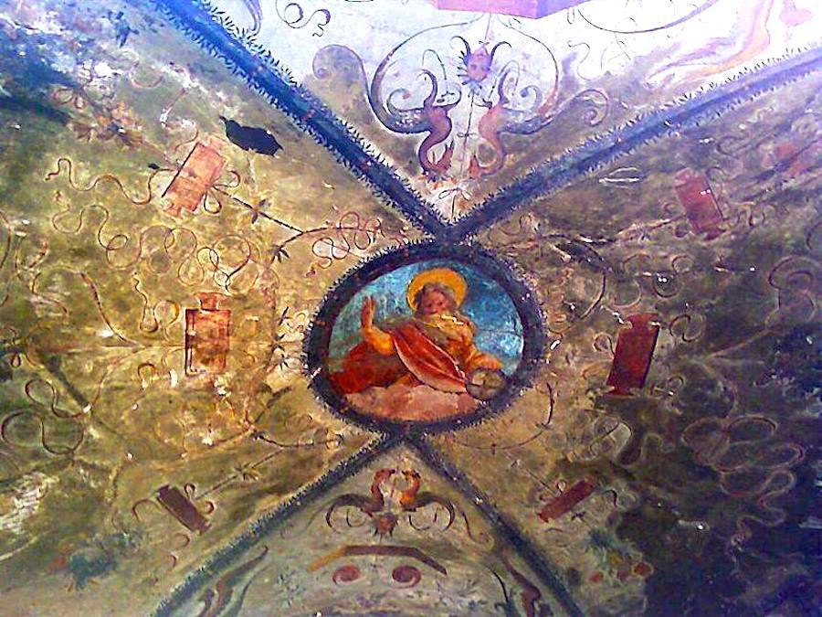 Basilica San Gennaro extra moenia