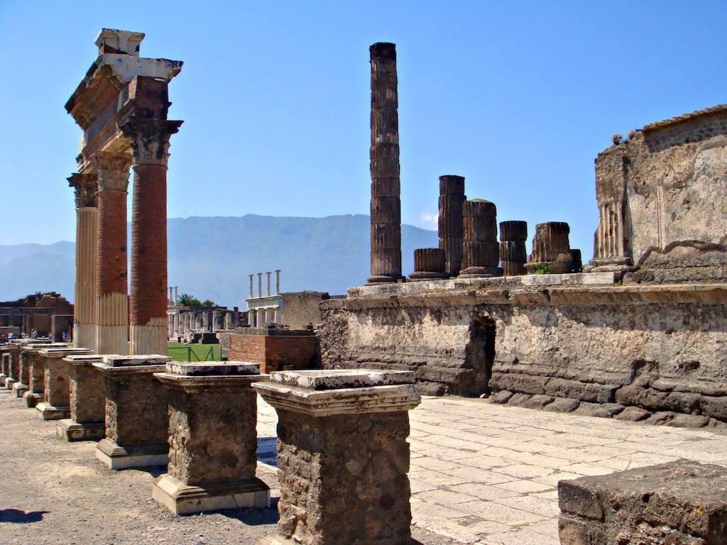Scavi archeologici di Pompei, il Foro