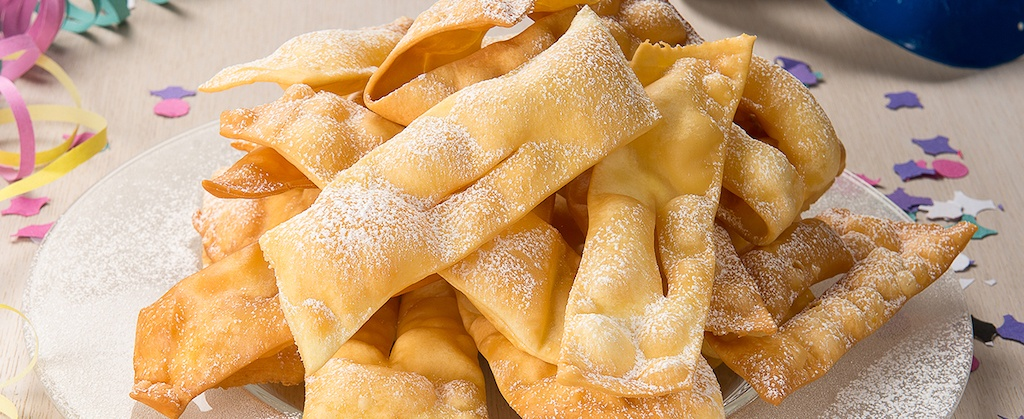 Le Chiacchiere, il dolce tipico di Carnevale