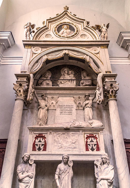 Chiesa Sant Angelo a Nilo Donatello