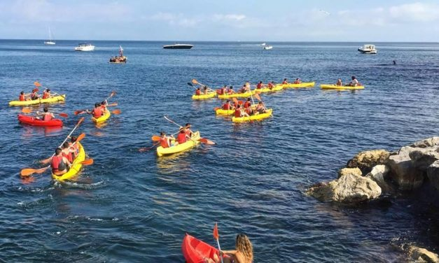 Pasqua in Kayak lungo la costa di Posillipo
