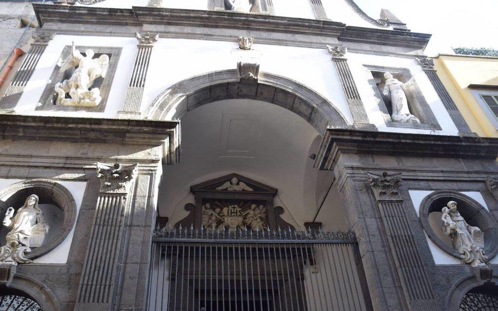 Chiesa del Gesù delle Monache a Porta San Gennaro Napoli