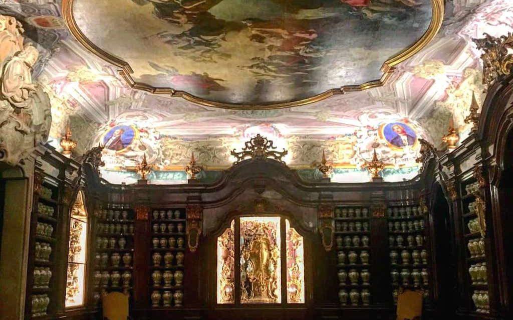 Palazzo Reale di Napoli ospiterà la Farmacia degli Incurabili
