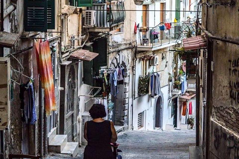 O Pallonetto a Napoli, un gioco che identifica un rione