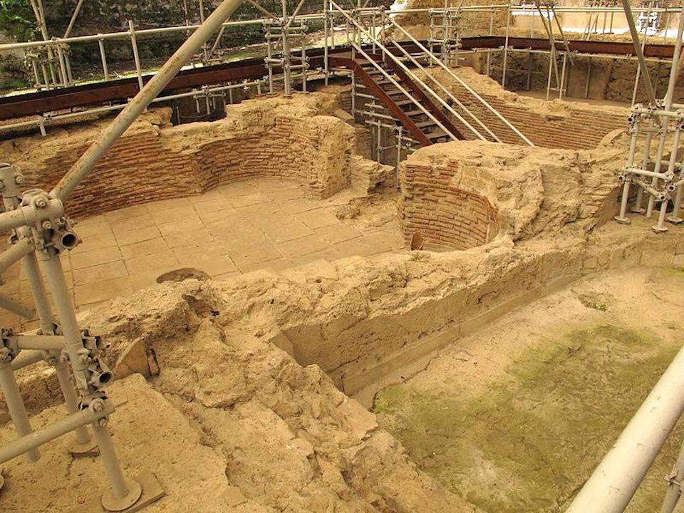 Scavi Archeologici del Museo dell'Opera di Santa Chiara