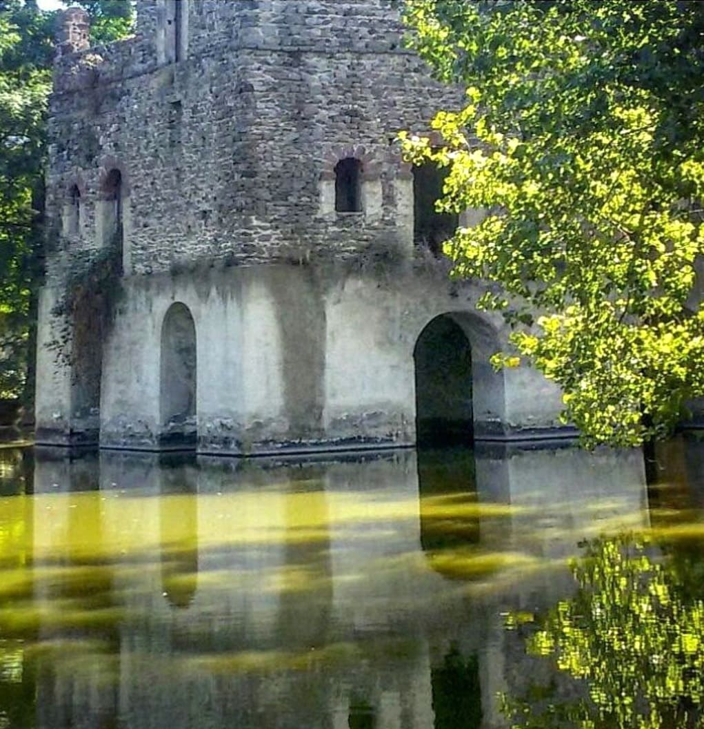 Laghetto di Fasilides e castello di Gondar