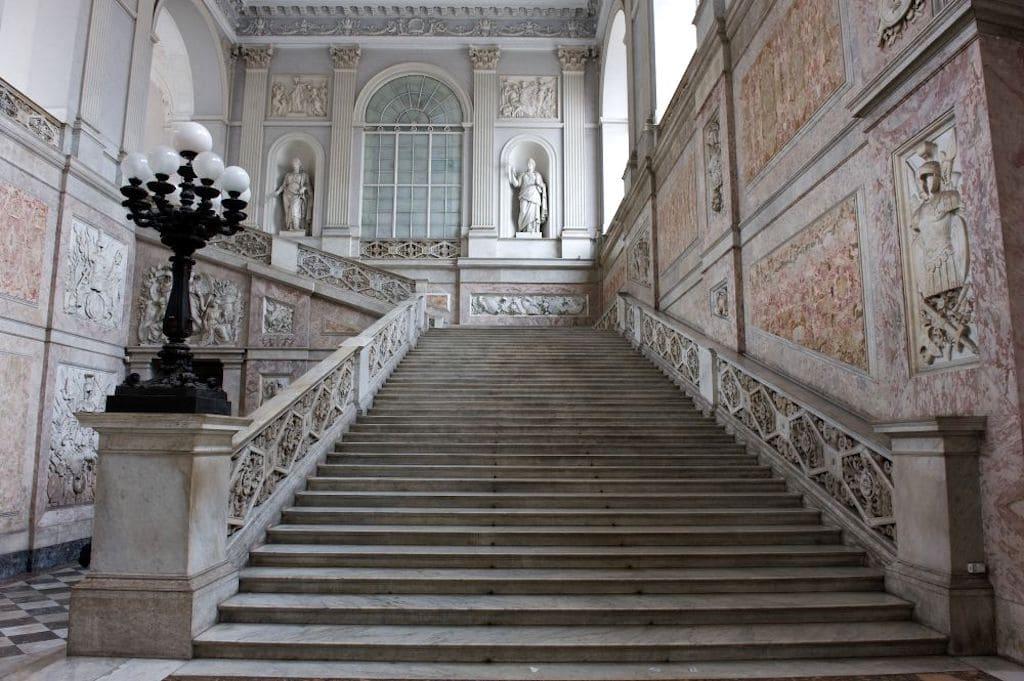 Palazzo Reale di Napoli - Scalone monumentale
