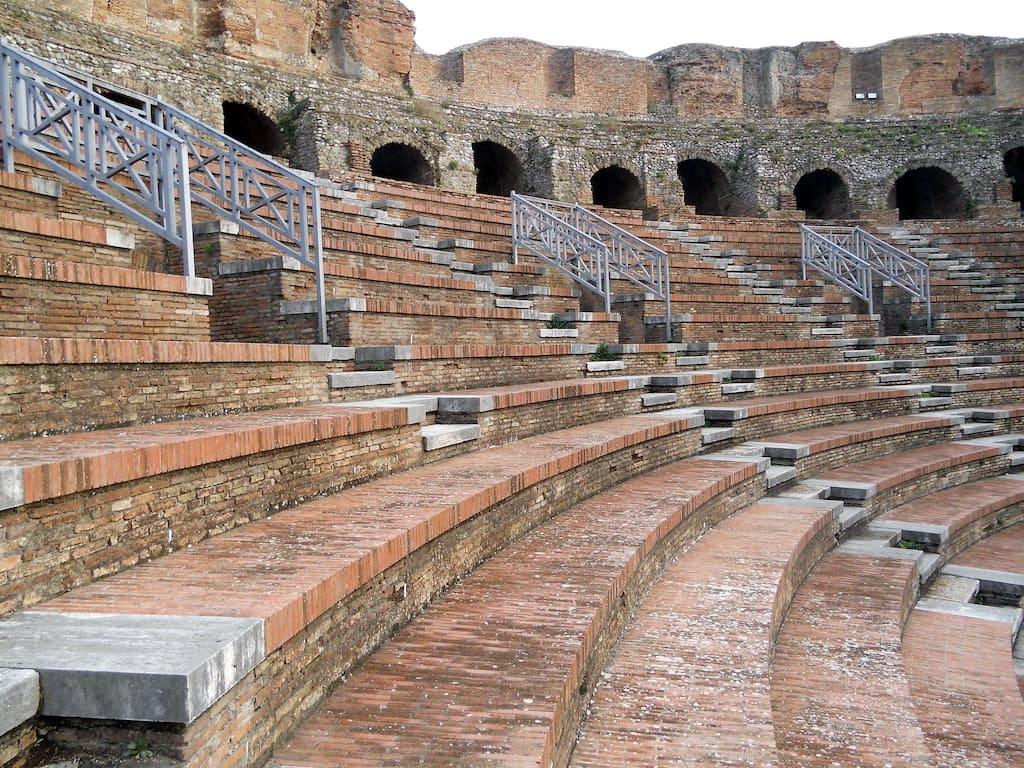 Teatro romano di Benevento 2