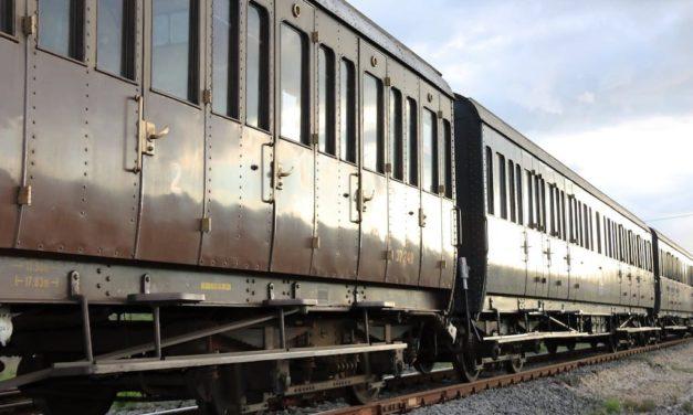 Archeotreno Campania, raggiungi Pompei e Paestum in treno storico