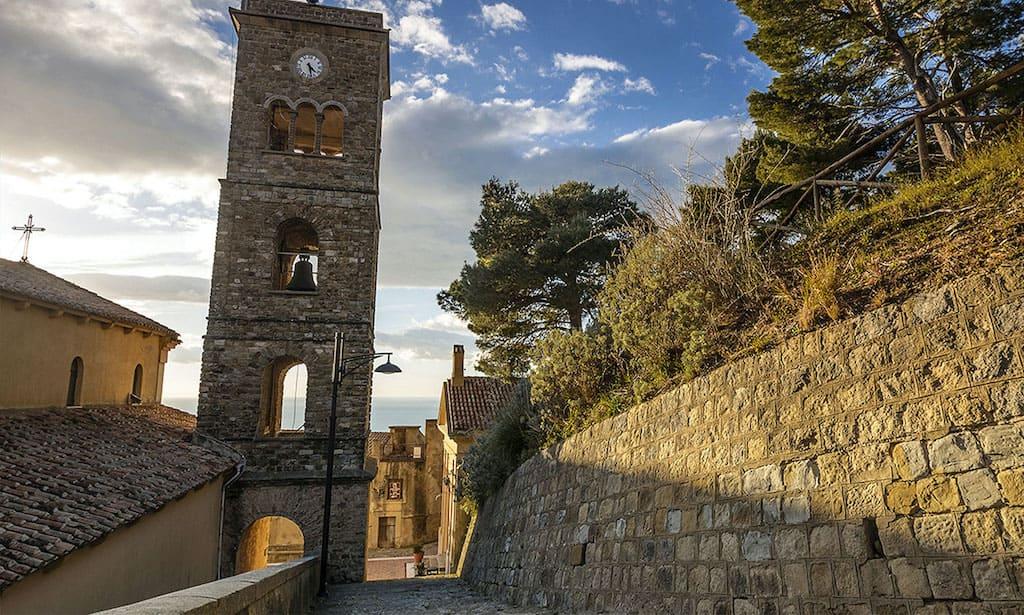 Castellabate Basilica di Santa Maria Giulia