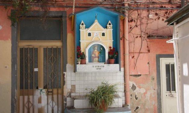 Borgo Santo Strato a Posillipo: tour letterario