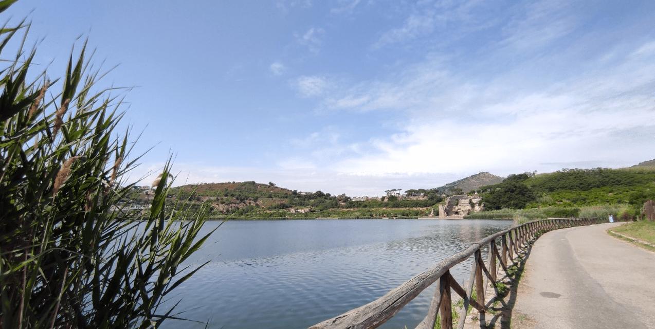 Aperitur al Lago D'Averno, Pozzuoli